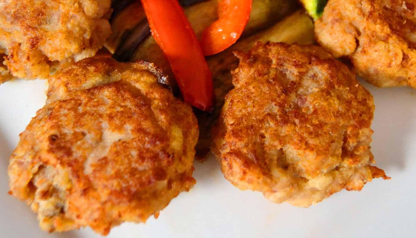 receta de hamburguesas de salmon caseras - recetas de pescado - recetas con salmon - rcetas realfooding o real food - fritura de pescado