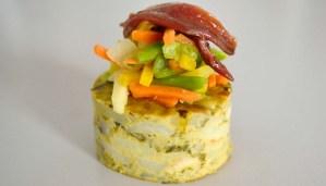 Receta de mini tortilla de patatas y espinacas con verduritas caramalizadas - recetas de aperitivos - recetas de tortillas - recetas realfooding o real food