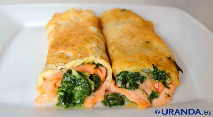 receta de crepes rellenas de salmón y espinacas - recetas de cenas ligeras y saludables - recetas realfooding o real food