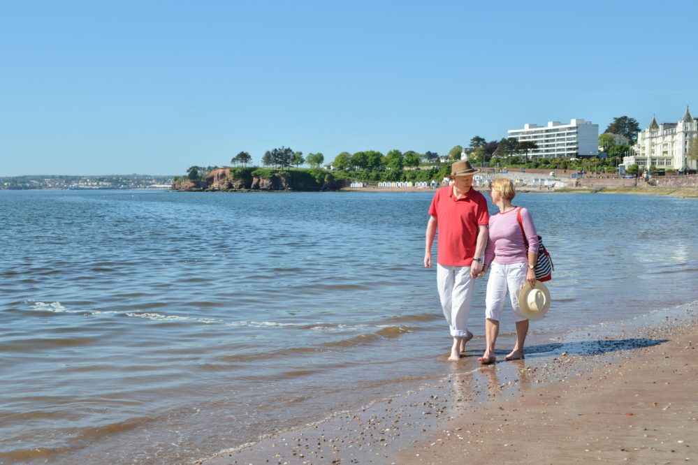 A stroll along Torre Abbey Sands, Torquay