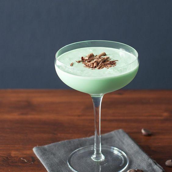 奶酒調酒 -綠色蚱蜢