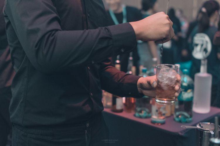 派對調酒師
