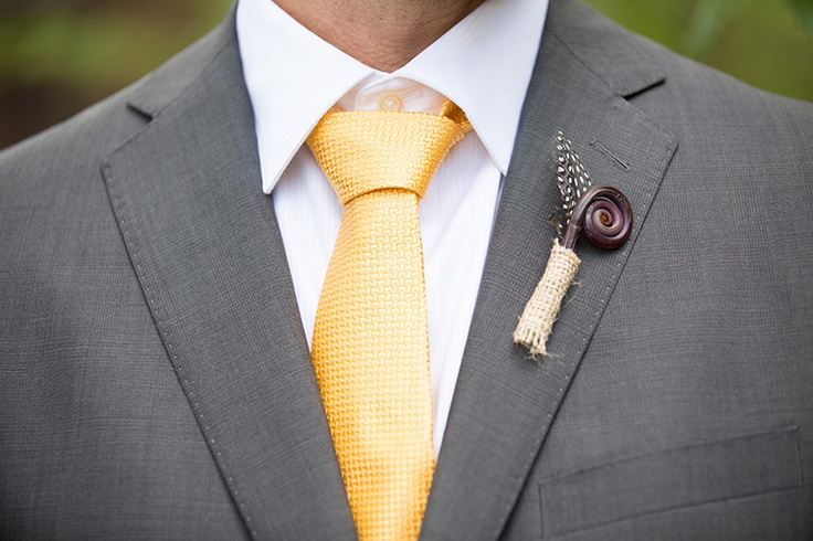 curly willow boutonniere