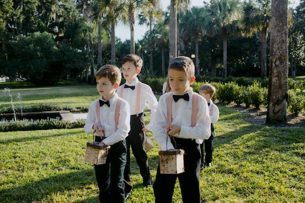 birdseed boys and flower girls at a Villa Marianna wedding ceremony