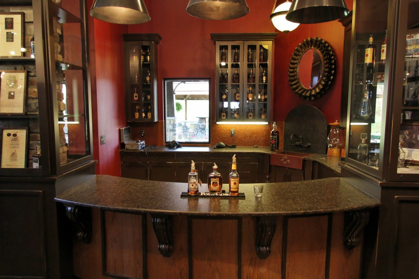 Four Roses distillery tasting room