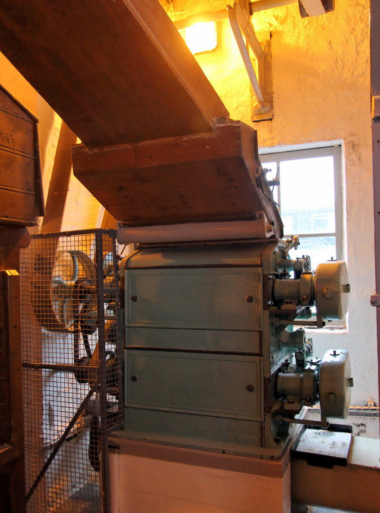 Grain mill at Bruichladdich