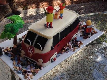 custom cakes baked fresh on Salt Spring Island