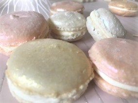 Wedding Favours - pink, gold and white macarons