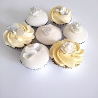 Silver Anniversary Cupcakes