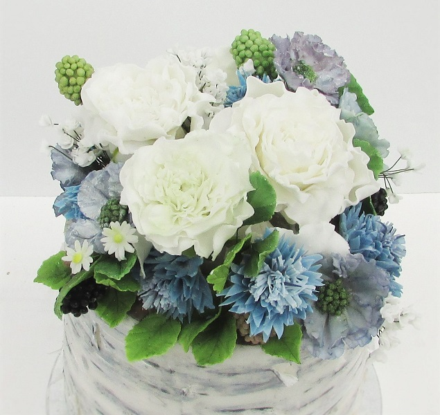 Summer Sugar Bouquet with Blackberries, Daisies, Cornflowers, Roses & Scabious Flowers by Cocoa & Whey Cakes