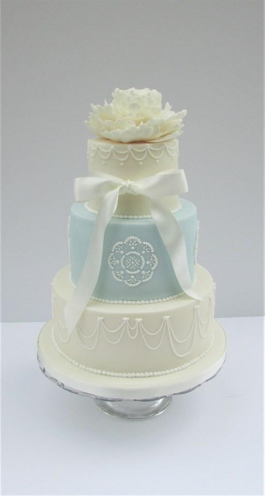 Vintage Peony & Swag Wedding Cake