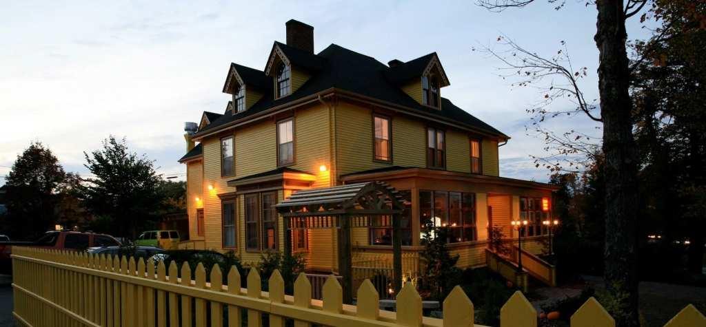 The Woodshire Inn (4)