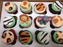Cupcakes Animals154424_527827130568843_458574402_n