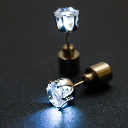 LED auskari (balti)