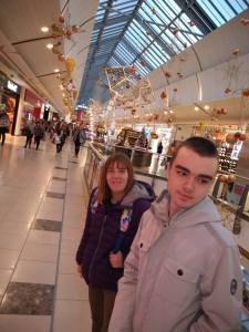 Wednesday 27th November, Developing Independence – Christmas shopping