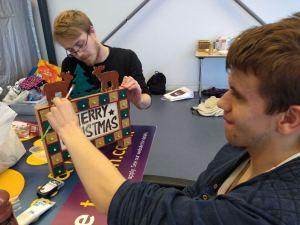 Thursday 7th November, Personal progress 2 – Christmas crafts & Sensory fun.