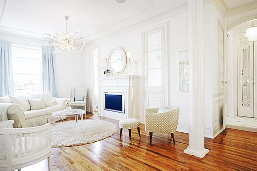 Color Watch White Works Wonders In A City Apartment Cococozy
