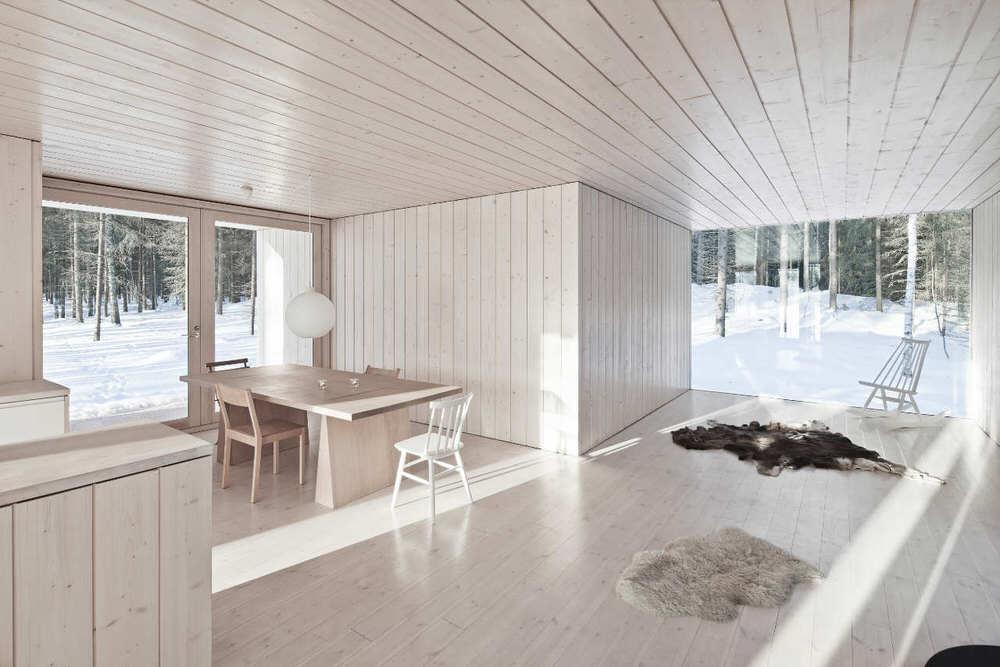 Minimalist-Interior-Design-and-Full-Wall-Windows-of-Four-Cornered-Villa-cococozy