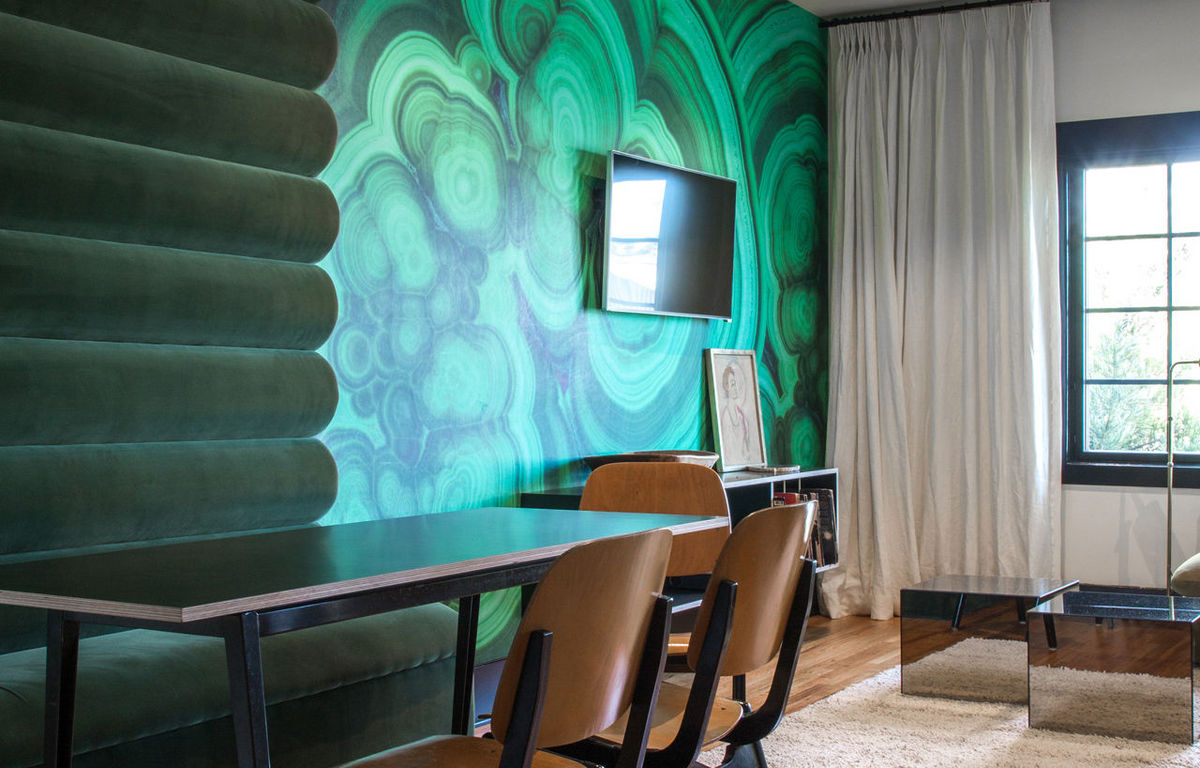 hotel covell room chapter 4 dining room malachite