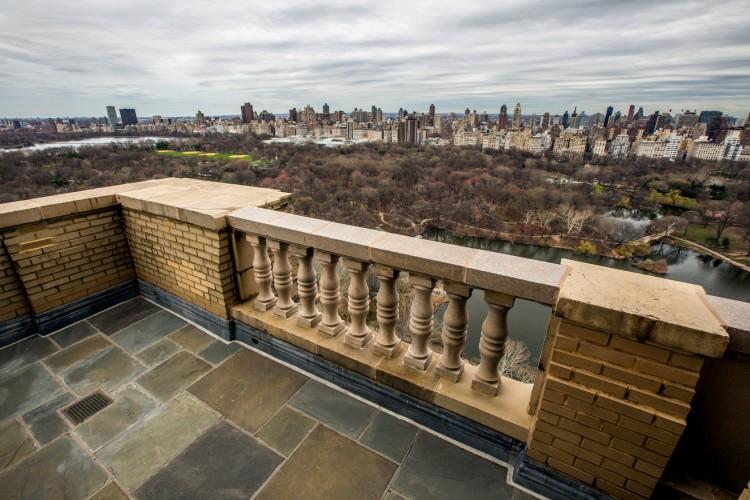 Demi Moore $75 Million Dollar Apartment Balcony Central Park View