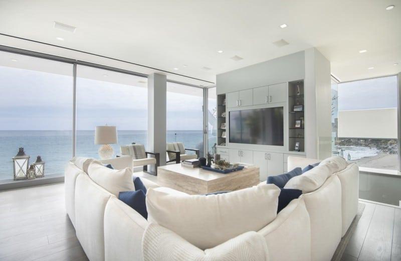 Malibu modern beach house multi million dollar listing - Beach house living room ...