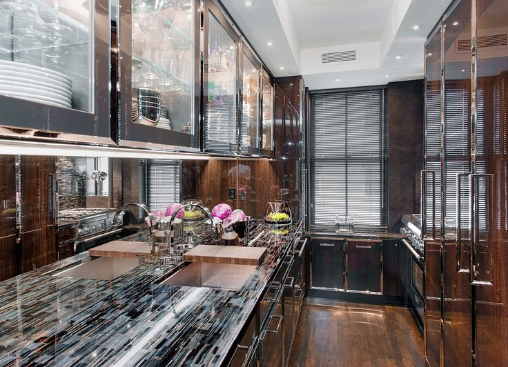 lacquered-wood-panel-kitchen-cabinets-cococozy-stcharles