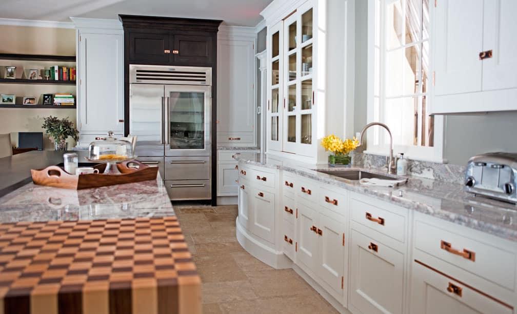 white-kitchen-copper-cabinet-handles-pulls-cococozy