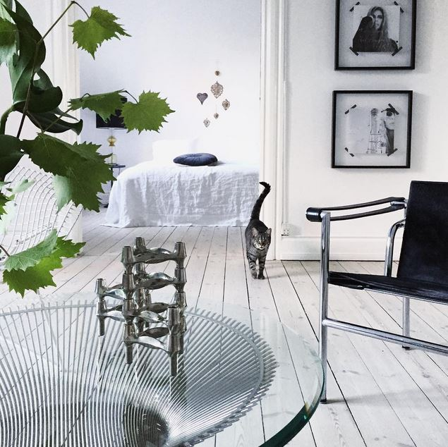 living room platner table cococozy
