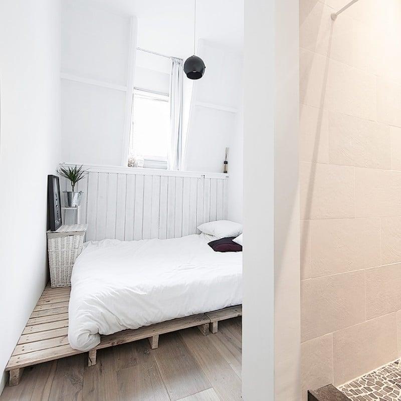 contemporary apartment bedroom black pendant light cococozy elledecoration