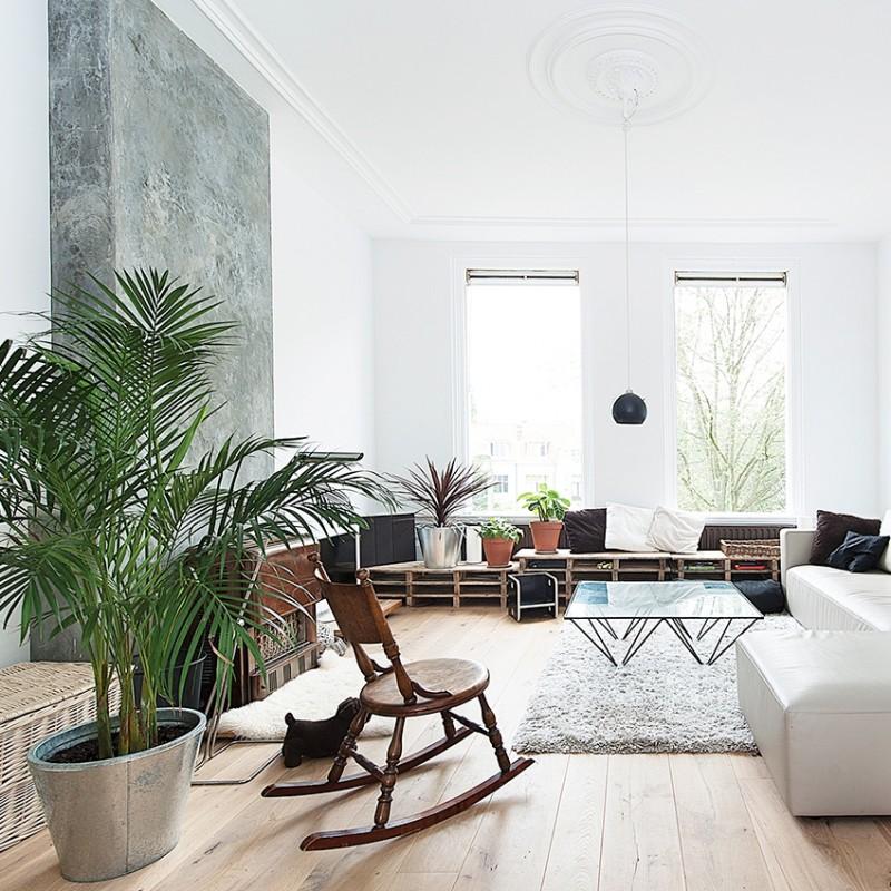 contemporary apartment living room black pendant light cococozy elledecoration