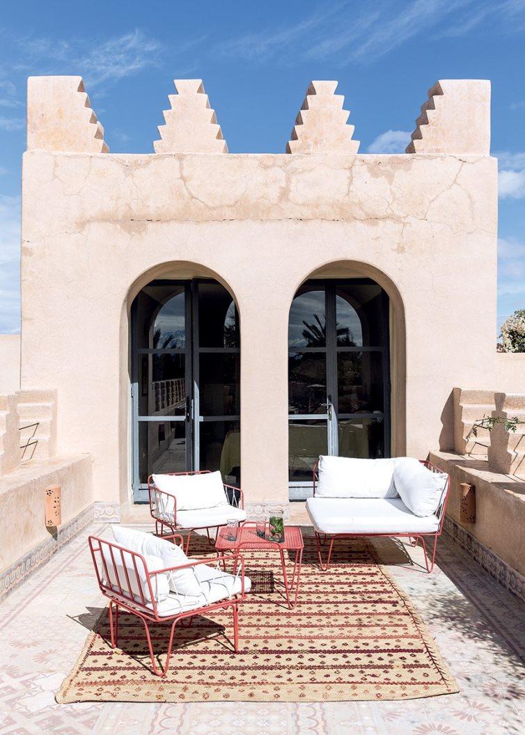 Moroccan home exterior adobe walls