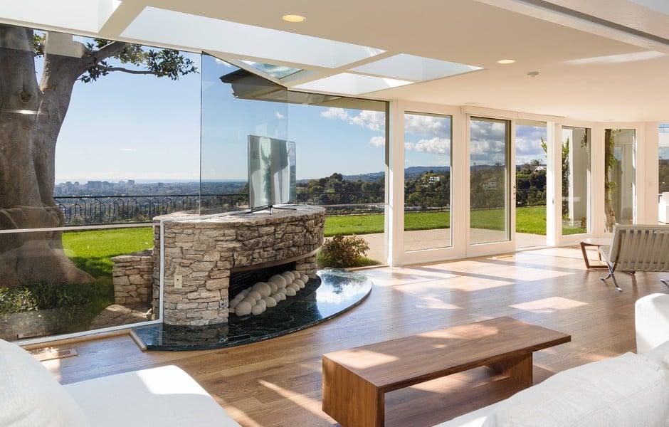 1174 Hillcrest Beverly Hills Elvis Presley Home Den