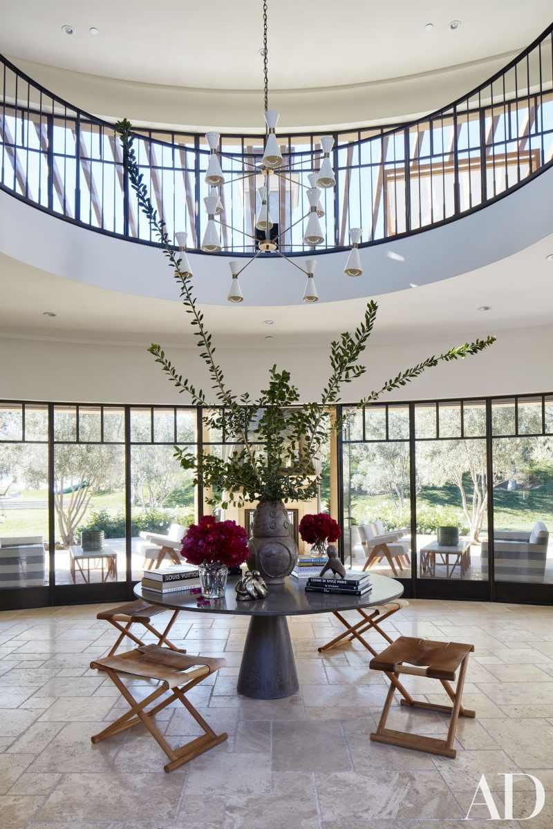 kardashians-entryway-architectural-digest-cococozy