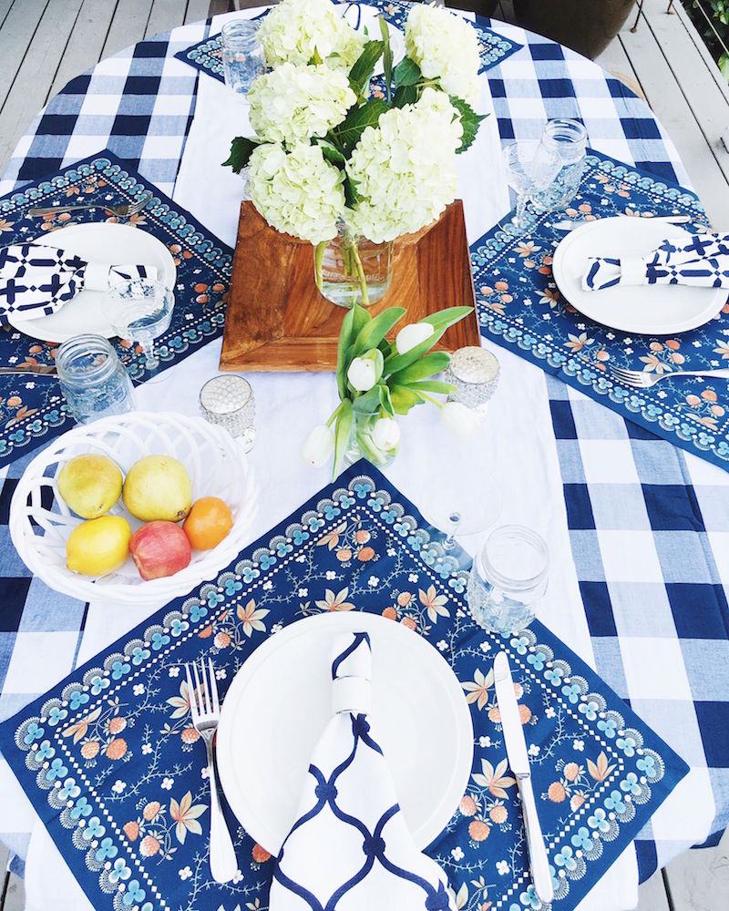 dining al fresco place setting