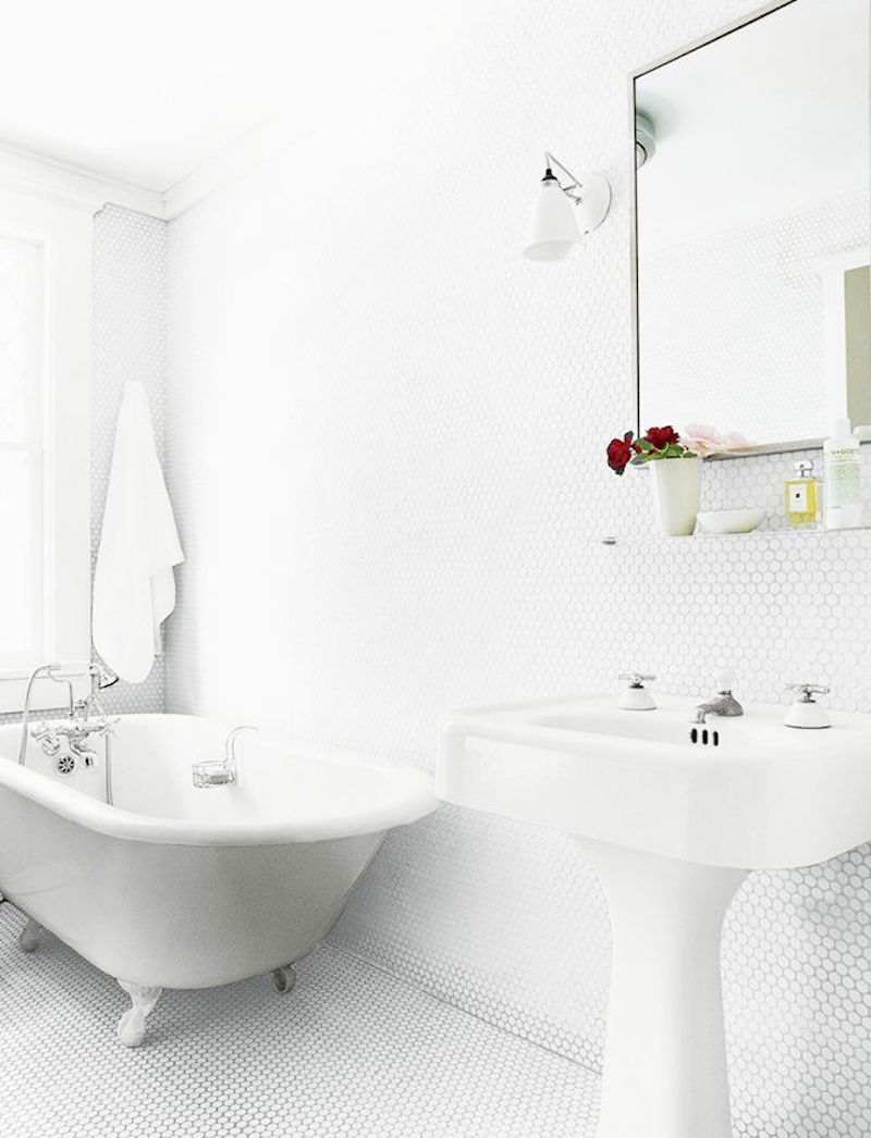 trend-alert-penny-round-tile-all-white-footed-tub-pedestal-sink-my ...
