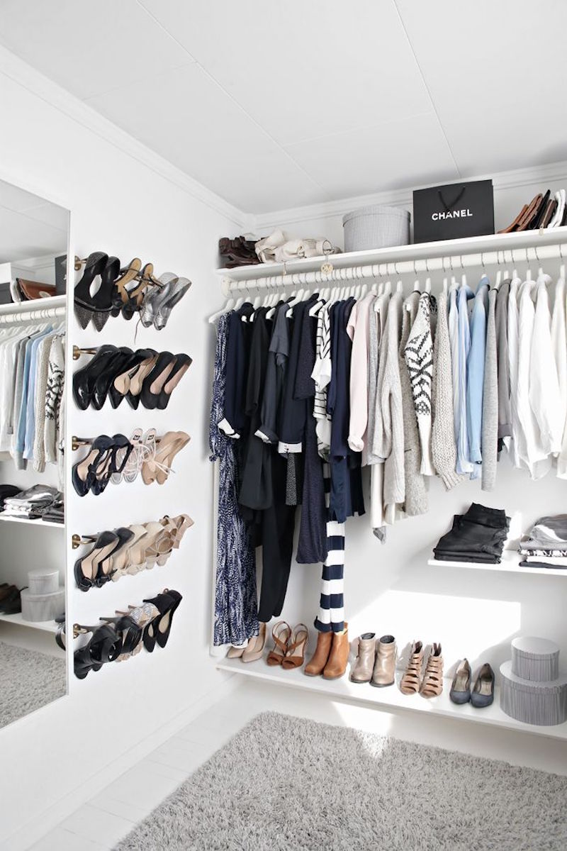walk in closets shoe rack white minimal