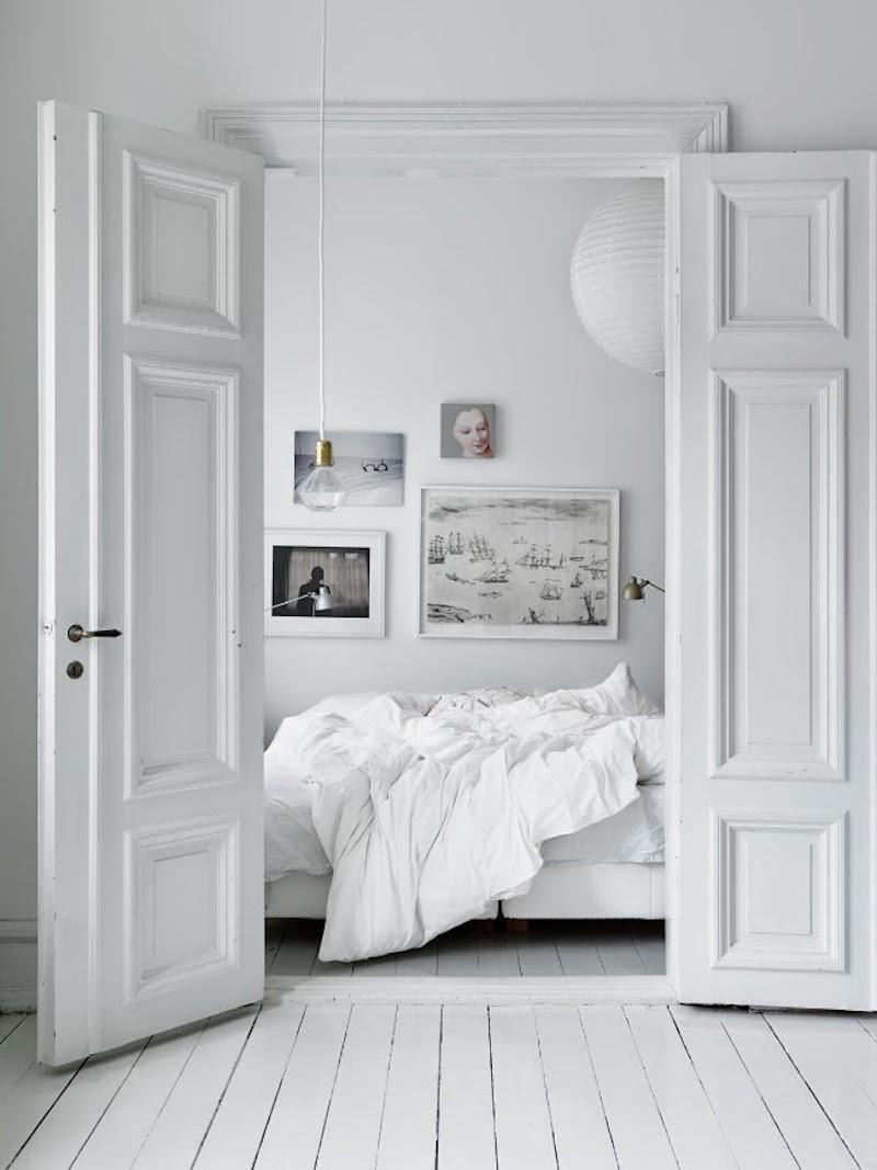 white bedroom bedding