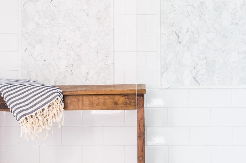 white marble bathroom bench