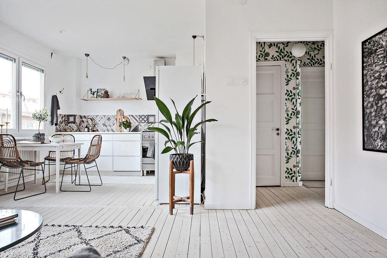 Foyer Wallpaper : Foyer foliage wallpaper cococozy