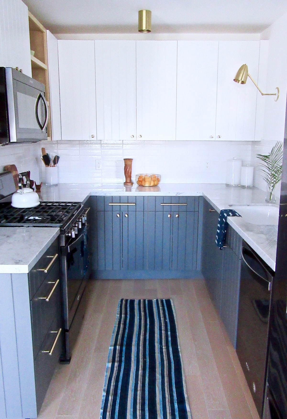Silver Lake Small Kitchen Remodel Black Appliance Trend