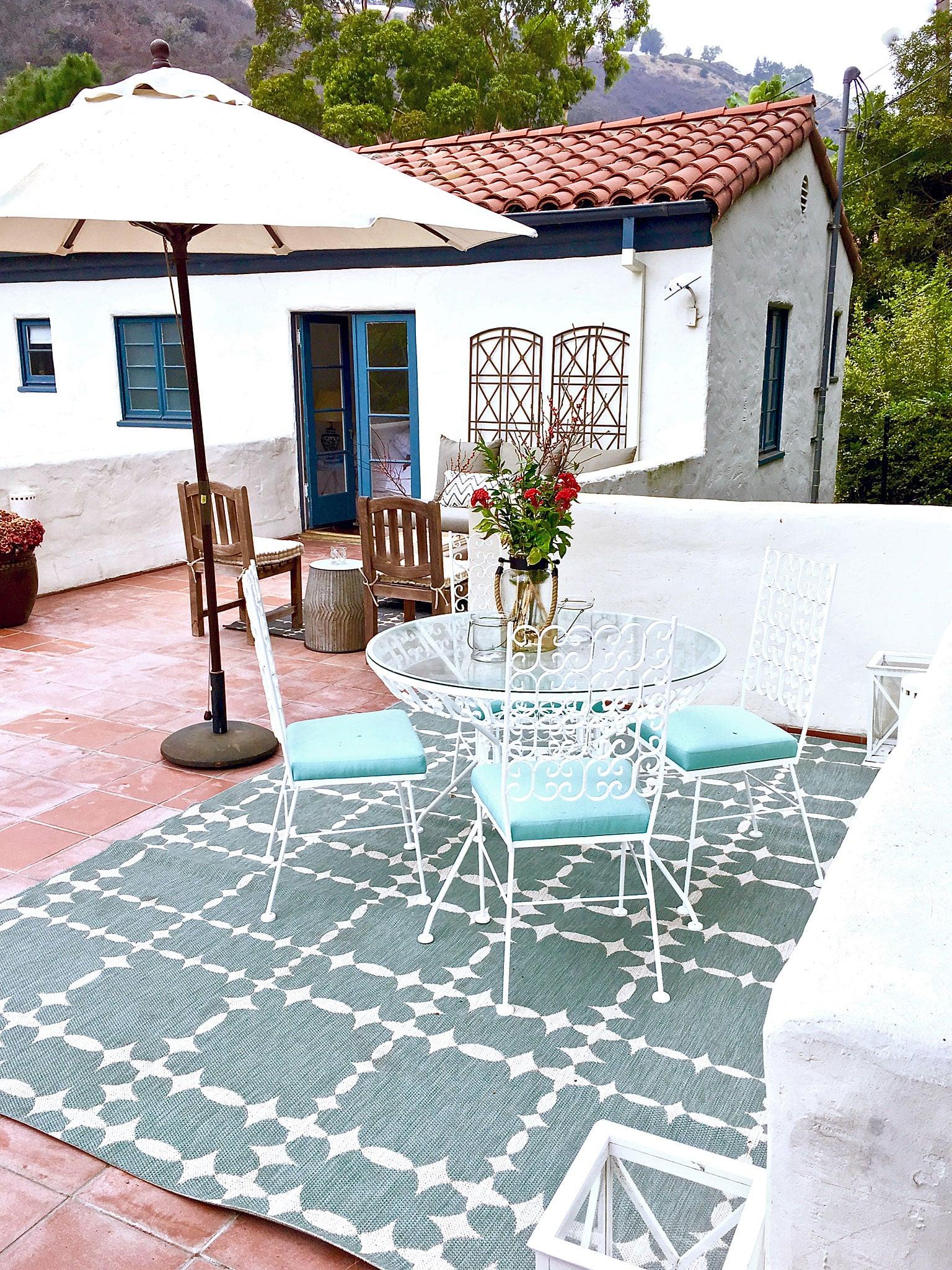 Upper Patio & Outdoor Furniture Makeover
