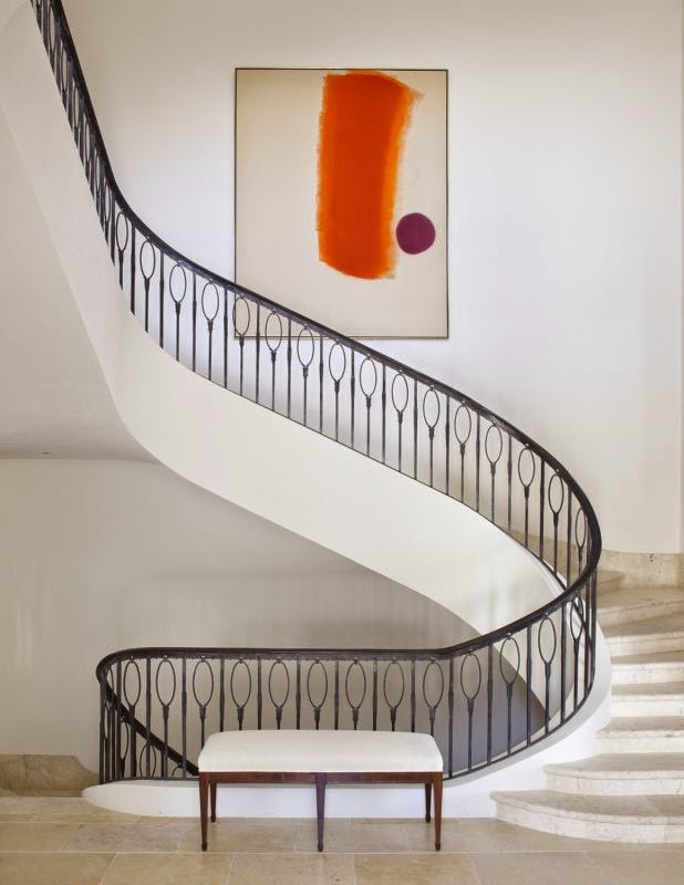 Graphic banister with oval details