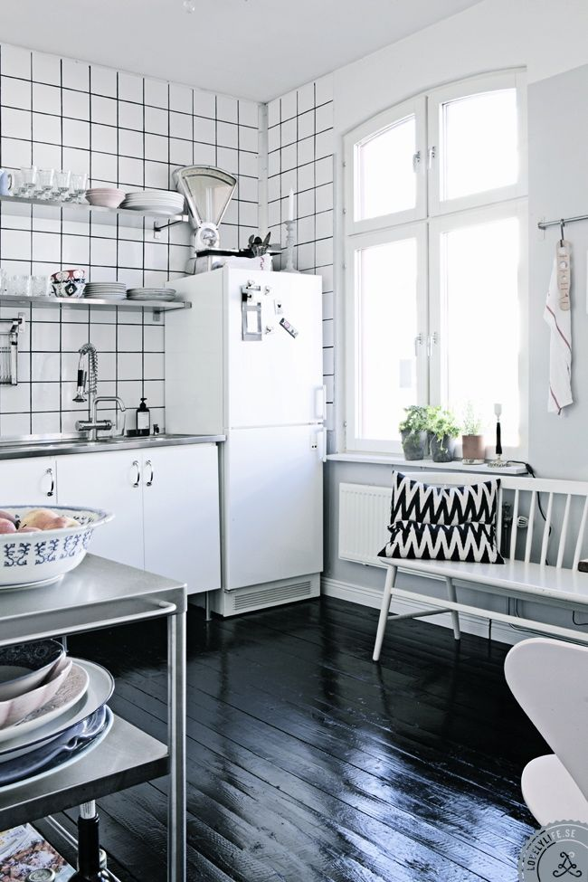 KITCHEN WEEK - MUST HAVES FOR DESIGNING A STYLISH ...