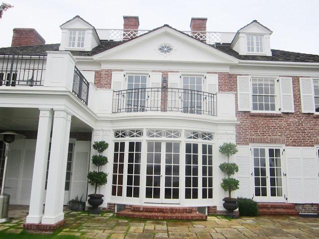 Lake Washington house with traditional brick exterior