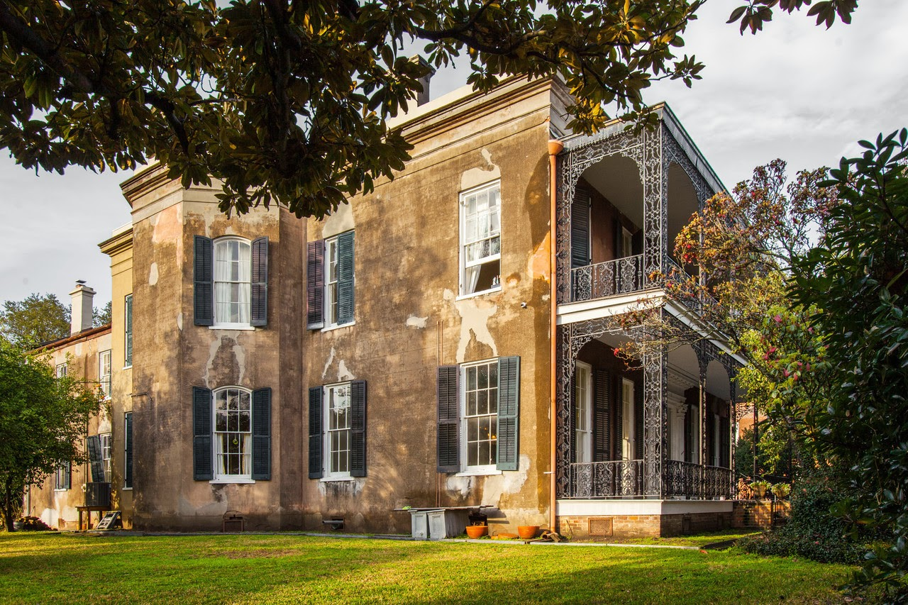 INSIDE HISTORIC NEW ORLEANS HOMES - HAPPY MARDI GRAS | COCOCOZY