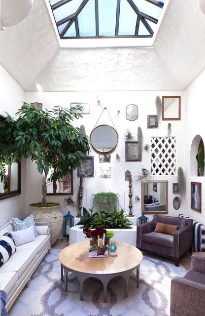 Eclectic blue and white living room