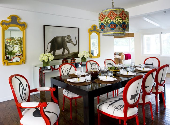 Mix of styles in this eclectic Los Angeles dining room