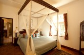 05_ i32_Manor_Guest_Rooms_Image_Credit_Giraffe_Manor