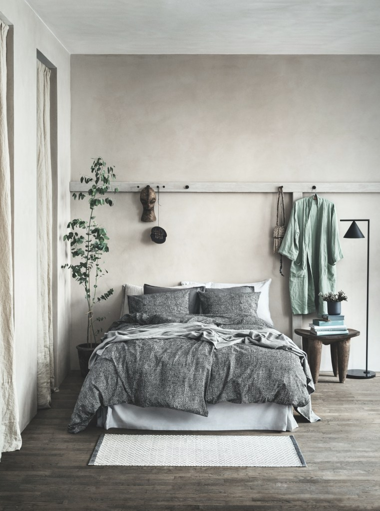 Cozy and natural bedroom
