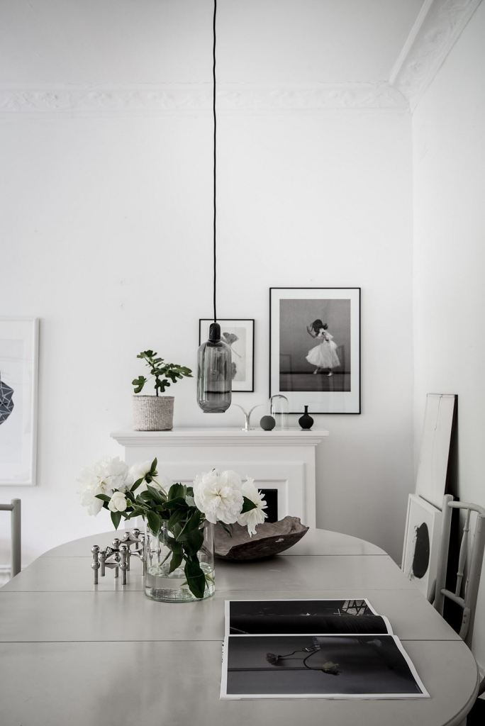 White home with lots of green - via Coco Lapine Design blog-10.jpg--596928951-rszww1170-80